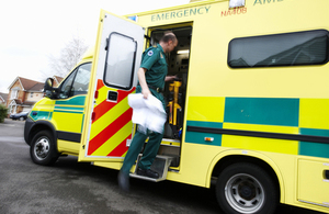 New pay deal for paramedics