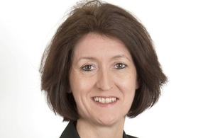 Mandie Campbell to leave Civil Service