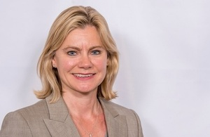 Justine Greening hosts first ever DfE Skills Summit